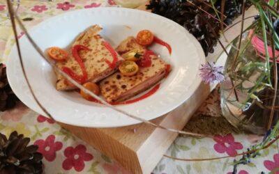 Przekąska śniadaniowa – tosty naleśnikowe